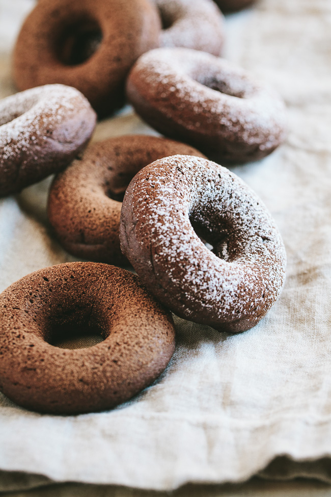 chocolate-amaretto-baked-donuts