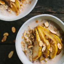 Creamy Whole Oats with Cardamom Roasted Pears