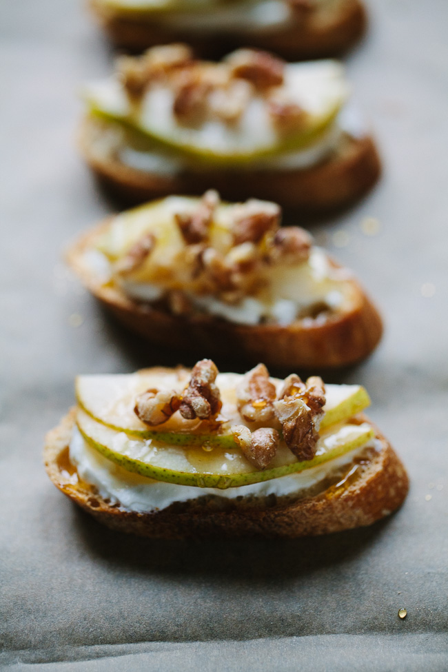 Spicy Honey Crostini with Pears and Walnuts