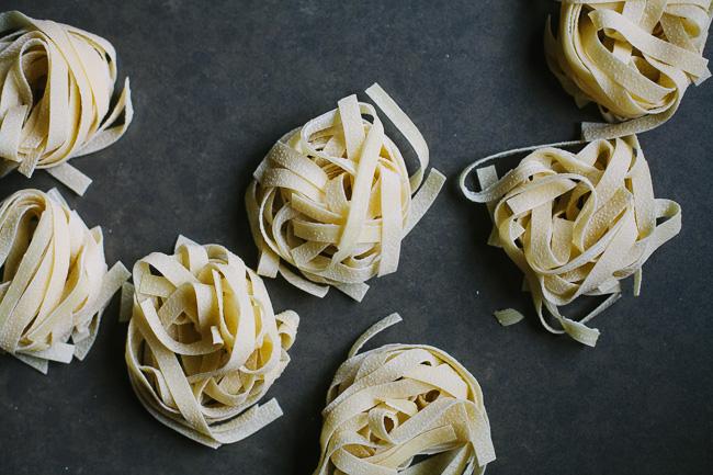 Slow Cooker Chicken and Mushroom Pasta