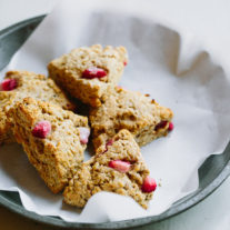 Strawberry Oat Yogurt Scones